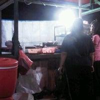 Photo taken at Pecel Lele Mas Yanto by Surya N. on 2/8/2012