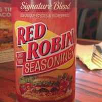 Photo taken at Red Robin Gourmet Burgers by Tom C. on 4/19/2012