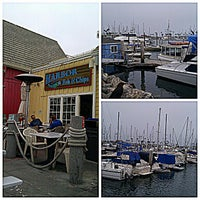 Photo taken at Harbor Fish and Chips by Ryan F. on 9/13/2012