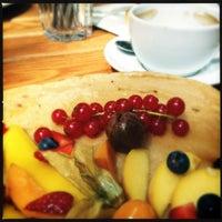 Das Foto wurde bei Café Maingold von vertigoaddict am 7/29/2012 aufgenommen