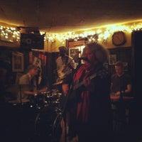 Das Foto wurde bei 55 Bar von Wes A. am 2/5/2012 aufgenommen