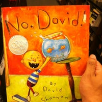 Photo taken at Barnes & Noble by Gabriel S. on 7/7/2012