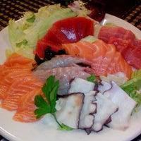 Photo taken at Restaurante Japonés Zakuro by Jaci V. on 6/30/2012