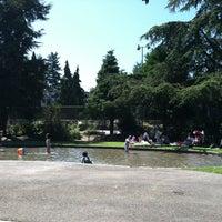 Снимок сделан в Bitterlake Community Center пользователем David W. 8/3/2012