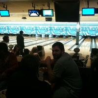 Photo taken at Park Tavern Bowling & Entertainment by Miken R. on 3/5/2012