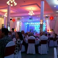 Photo taken at Ninh Thuận Hotel by Hoàng H. on 6/16/2012