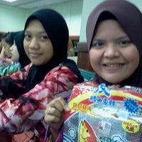 Photo taken at Dewan Kuliah 1 by AnOy M. on 3/2/2012