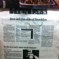 Das Foto wurde bei Koch's Deli von Yan Pierre C. am 6/12/2012 aufgenommen