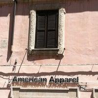 Foto scattata a American Apparel da Giada D. il 7/16/2012