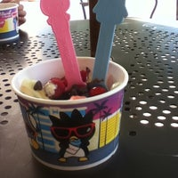 Photo taken at Yogurtland by Viry V. on 8/2/2012