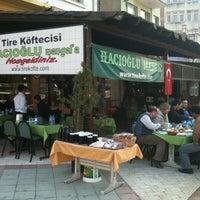 รูปภาพถ่ายที่ Hacıoğlu Mangal Tire Köfte โดย Abdulkadir เมื่อ 7/25/2012