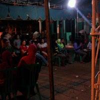 Photo taken at Sekretariat Kecamatan Gubeng by Erwin Kaskuff on 4/11/2012