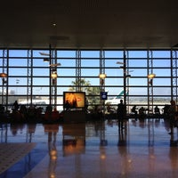 Photo taken at Tom Bradley International Terminal (TBIT) by Weston R. on 4/10/2012