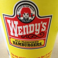 Photo prise au Wendy's par Michael R. le2/21/2012