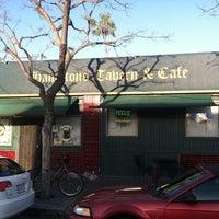 Foto tirada no(a) Hamilton's Tavern por Ramon R. em 4/16/2012