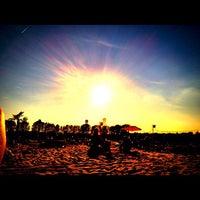 Photo prise au Sundown Beach Club par natadd le9/9/2012
