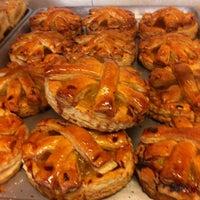 Foto tomada en Croissants Alfredo por CARLOS G. el 6/22/2012