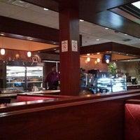 Снимок сделан в Ewing Diner пользователем Jimmy W. 7/15/2012