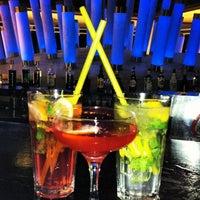 7/31/2012 tarihinde Kseniya L.ziyaretçi tarafından Lotus Bar'de çekilen fotoğraf