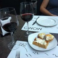 Foto tomada en Momo por Francisco el 6/21/2012
