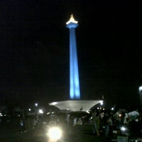 Photo taken at Monumen Nasional (MONAS) by Hestya K. on 8/15/2012
