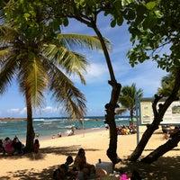 Снимок сделан в Escambron Beach пользователем Jose G. 3/16/2012