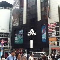 7/6/2012にNorikazu N.がadidas Originals 渋谷で撮った写真