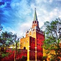 Photo taken at Aleksandrovskiy Garden by Anton T. on 5/18/2012
