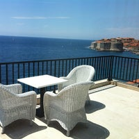 Photo taken at Excelsior Hotel Dubrovnik by Yuri on 6/4/2012