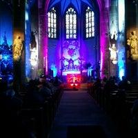 Das Foto wurde bei Liebfrauenkirche von Alex R. am 4/18/2012 aufgenommen
