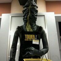 3/17/2012 tarihinde Tsuyoshi T.ziyaretçi tarafından Tower Records'de çekilen fotoğraf