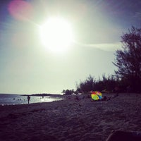 Photo taken at Fort Zachary Taylor State Park Beach by Petar T. on 7/23/2012