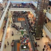 8/12/2012 tarihinde Engin Kayaziyaretçi tarafından Starcity Outlet'de çekilen fotoğraf