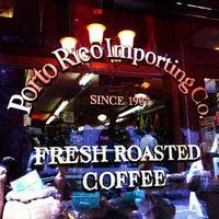 8/10/2012にLi J.がPorto Rico Importing Co.で撮った写真