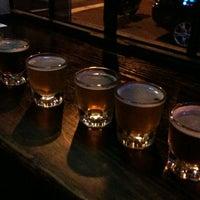 Foto tomada en Mugs Ale House por Matt M. el 8/9/2012