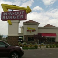 Photo taken at In-N-Out Burger by Justin Y. on 5/25/2012