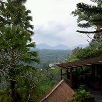 Photo taken at Kupu Kupu Barong Resort And Tree Spa by Maksim P. on 5/14/2012