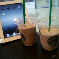 Photo taken at Starbucks by Monalina C. on 4/18/2012