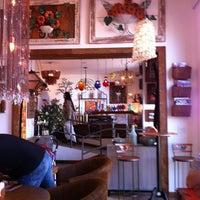 Das Foto wurde bei Florbela Café von Henk d. am 7/14/2012 aufgenommen