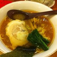 Photo taken at 百歩ラーメン by Satoru I. on 4/19/2012