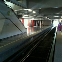 Photo taken at Metro El Rosario (Líneas 6 y 7) by Víctor S. on 4/24/2012