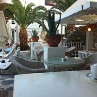 7/20/2012 tarihinde Semraziyaretçi tarafından Casa & Blanca Boutique Hotel'de çekilen fotoğraf