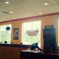 9/3/2012 tarihinde Tara S.ziyaretçi tarafından Coney Island Diner'de çekilen fotoğraf