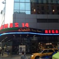 Das Foto wurde bei Regal Cinemas Union Square 14 von Shaba am 6/3/2012 aufgenommen