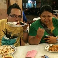 Photo taken at Restoran Nasi Kandar Subaidah by E K I. on 3/2/2012