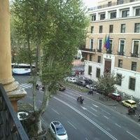 Foto scattata a Hotel Ambasciatori Palace da Marina M. il 4/13/2012
