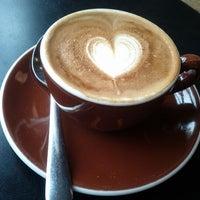 Photo taken at Stumptown Coffee Roasters by Yapiroo on 3/26/2012
