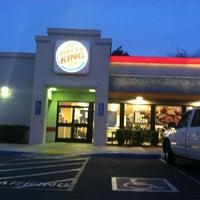 Photo taken at Burger King by Edlin h. on 3/12/2012
