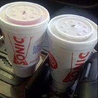 Foto scattata a SONIC Drive In da D.L. S. il 8/25/2012