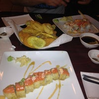 Photo prise au Carolina Sushi & Roll par Ghazal R. le2/24/2012